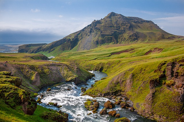 Iceland is green