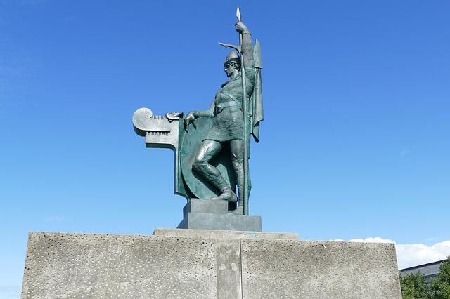 vikings statues in iceland