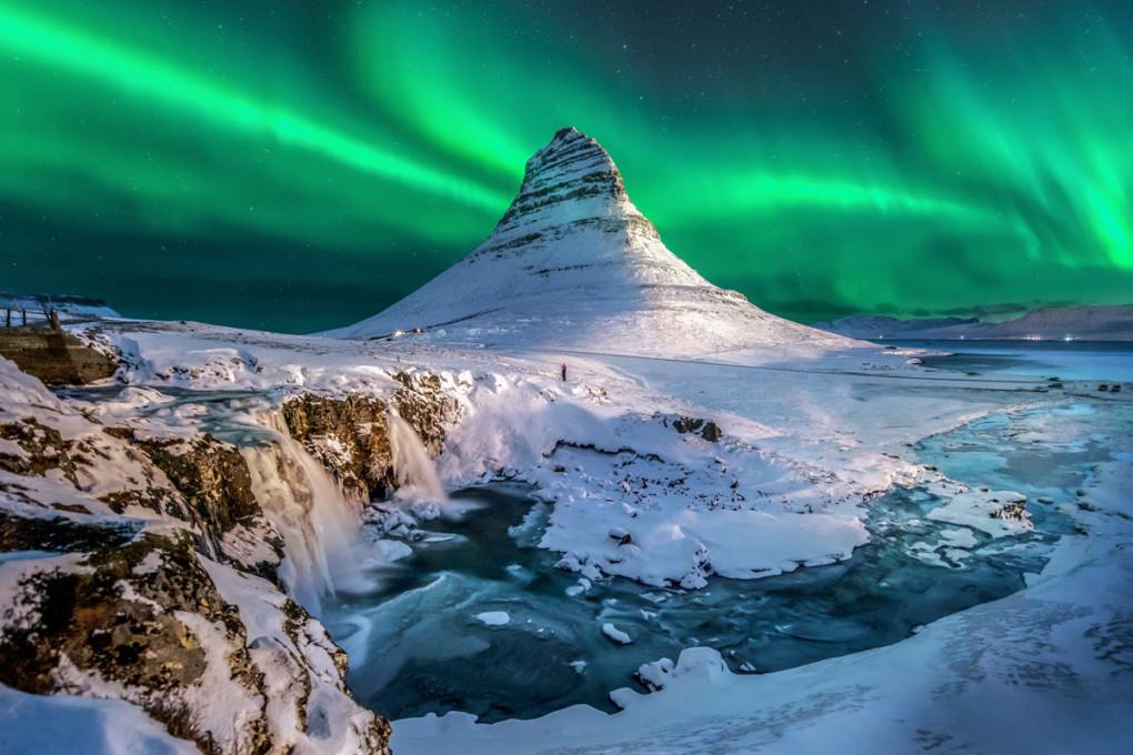 Northern Lights in Kirkjufell